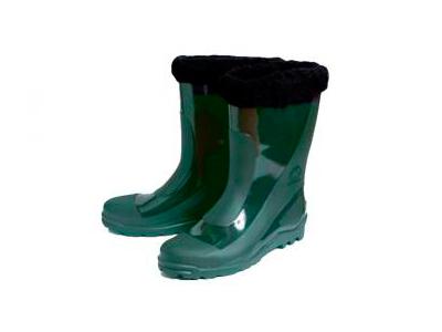Botas de caucho para hombre verde están aislados